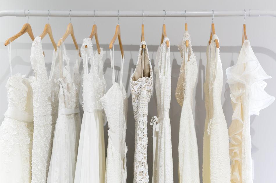 b56e0d65dda 10 Tips for Wedding Dress Shopping